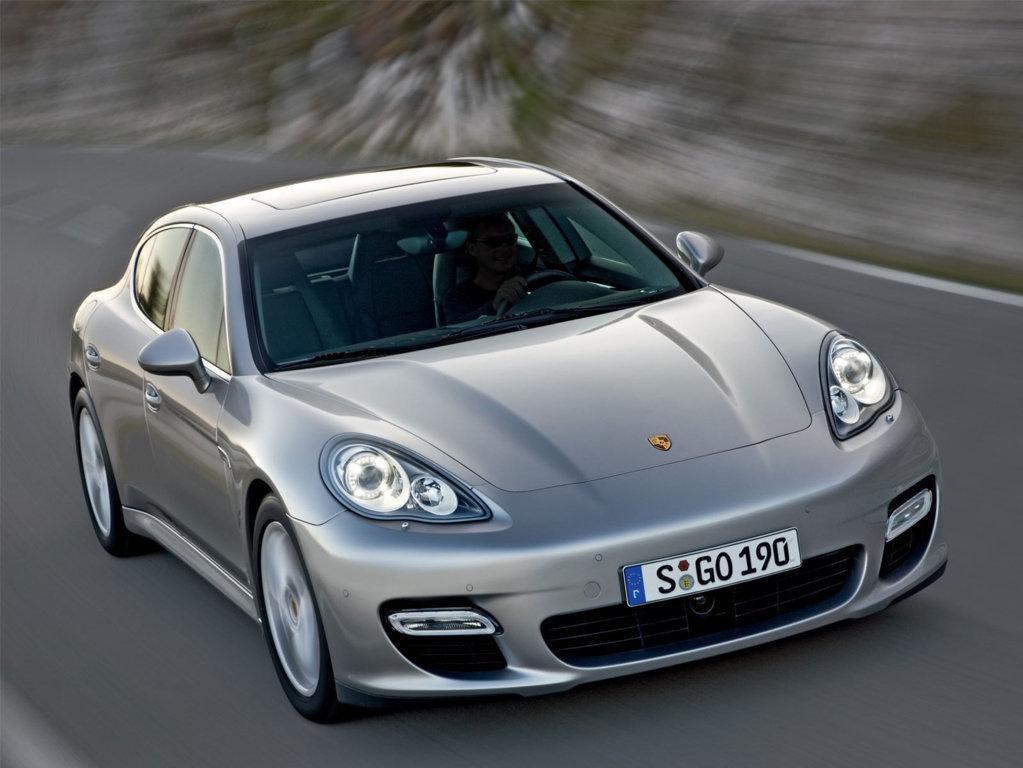 Porsche Panamera Wallpaper 16