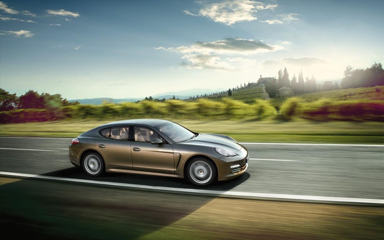 Porsche Panamera Wallpaper 37