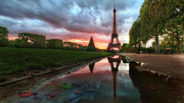 Eiffel Tower Paris Wallpaper 42