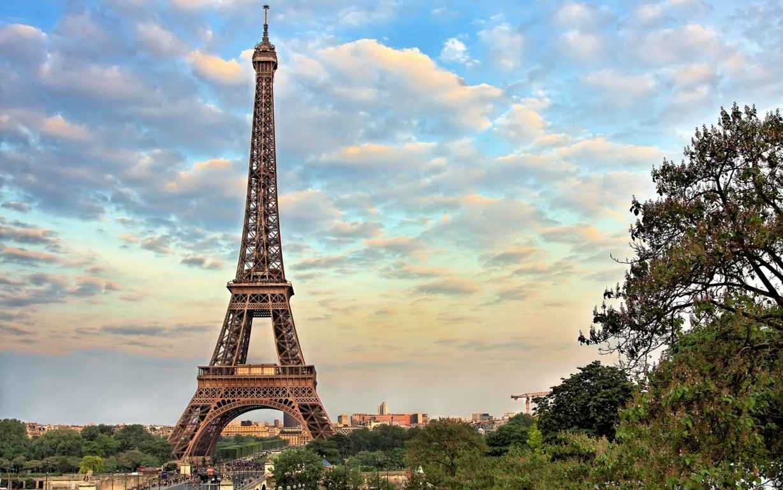 Eiffel Tower Paris Wallpaper 5