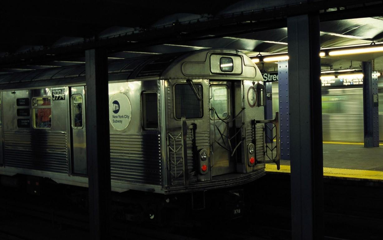 Subway Wallpaper 46