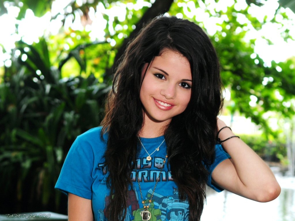 Selena Gomez Wallpaper 41