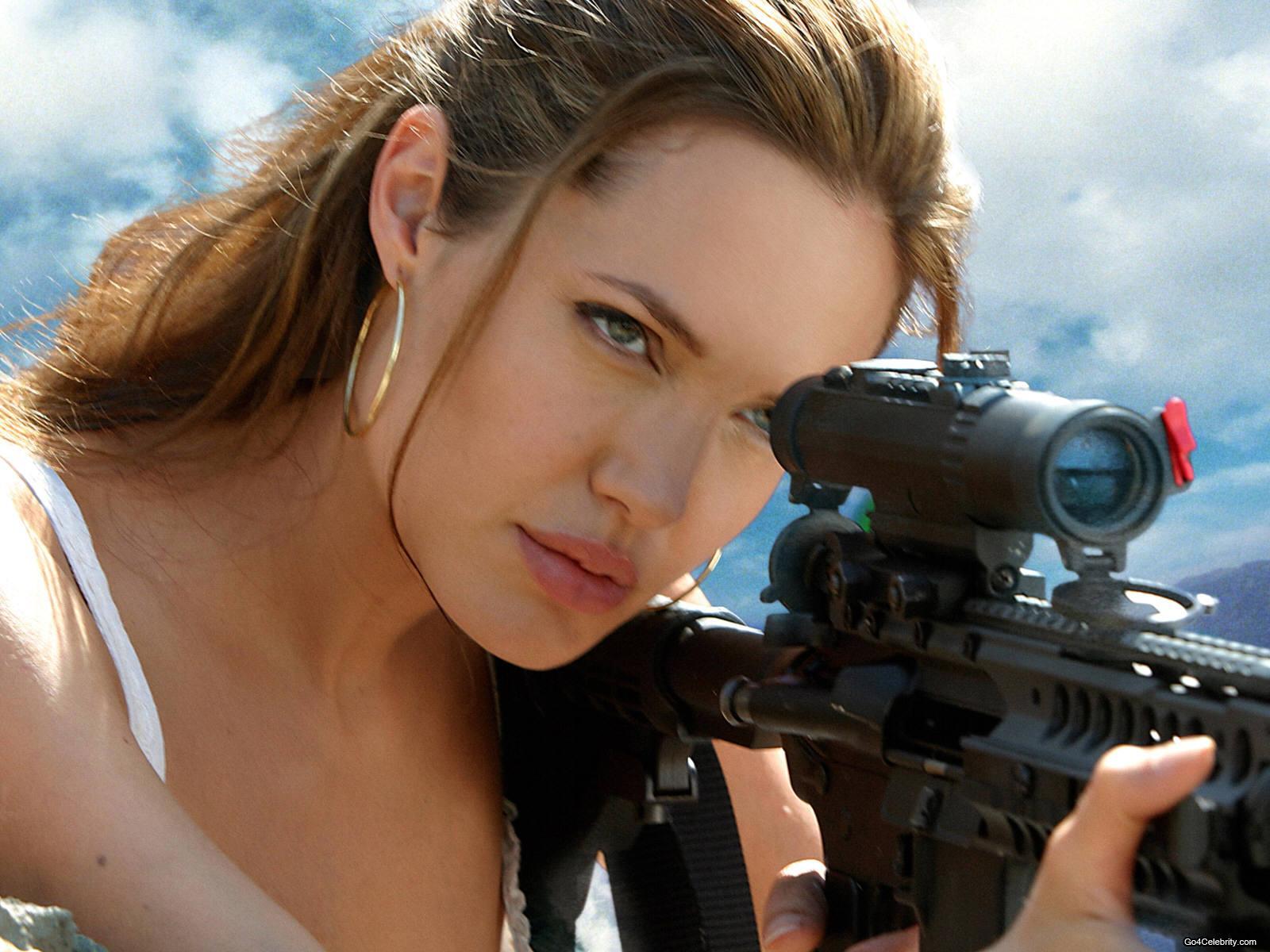 Angelina Jolie Wallpaper 14