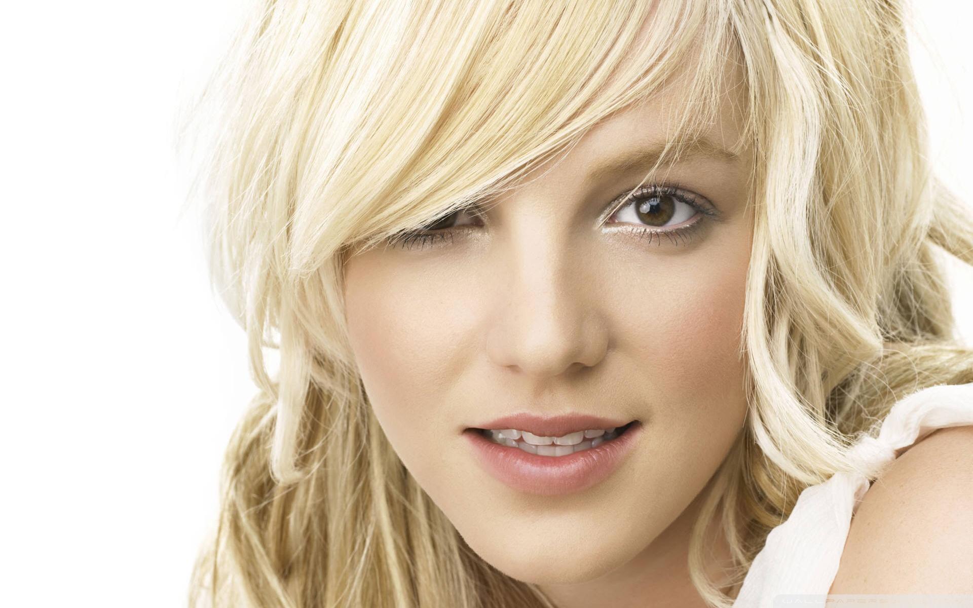 Britney Spears Wallpaper 35