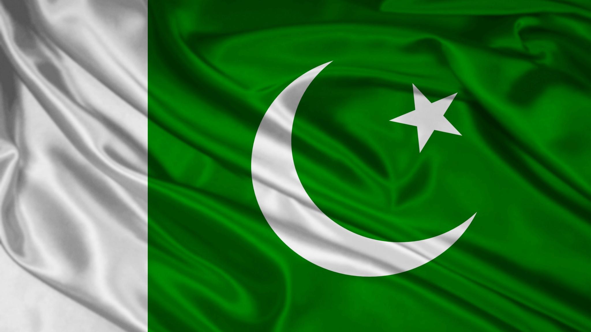 Pakistan Flag Wallpaper 6